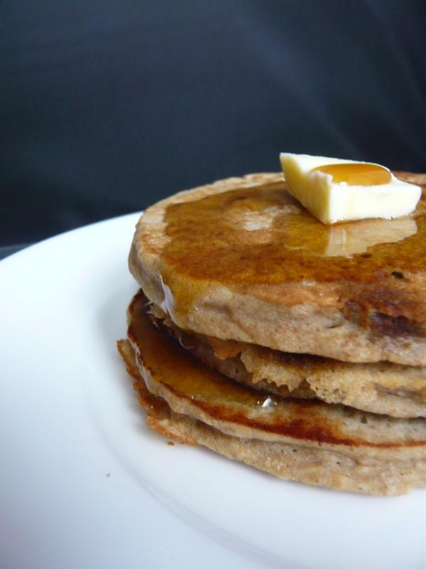 Buckwheat Apple Pancakes/Crêpes americaines de sarrasin aux pommes ...